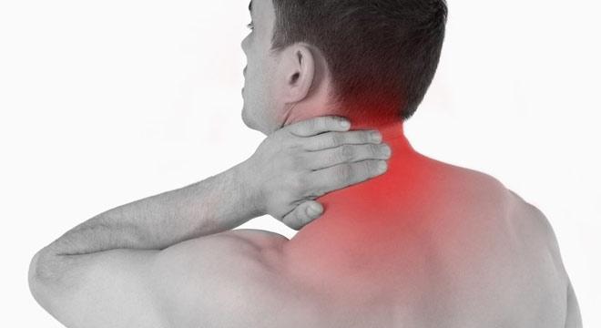 دلایل گردن درد و راه حل آن
